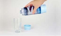 Pohár na energizování vody