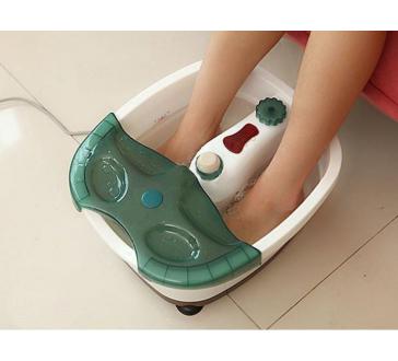 Perličková a masážní lázeň na nohy
